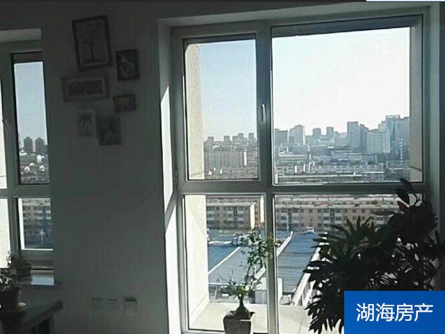 【興慶區寫字樓】北京路-寶豐銀座+精裝有隔斷+105平+采光好
